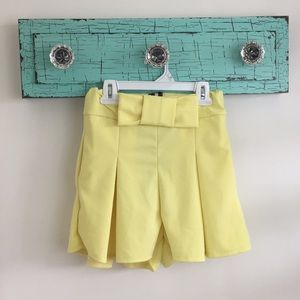 Pants - Yellow Shorts